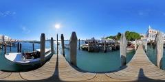 Venise - le long du canal 2