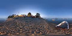 Cap Ferret — L'Herbe — barque sur la plage devant chez Magne