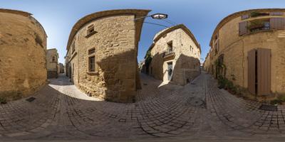 Castillon-du-Gard —ruelles