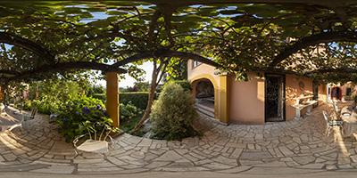 Villa Toscane — terrasse juillet 2021